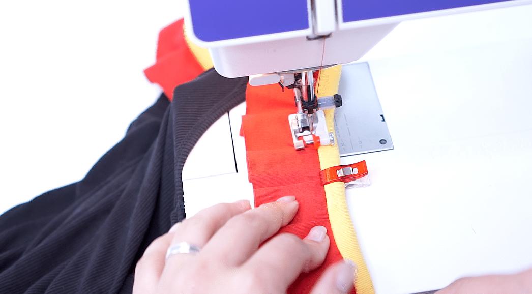 Streifenversäuberung mit Schrägband | einfach nähen