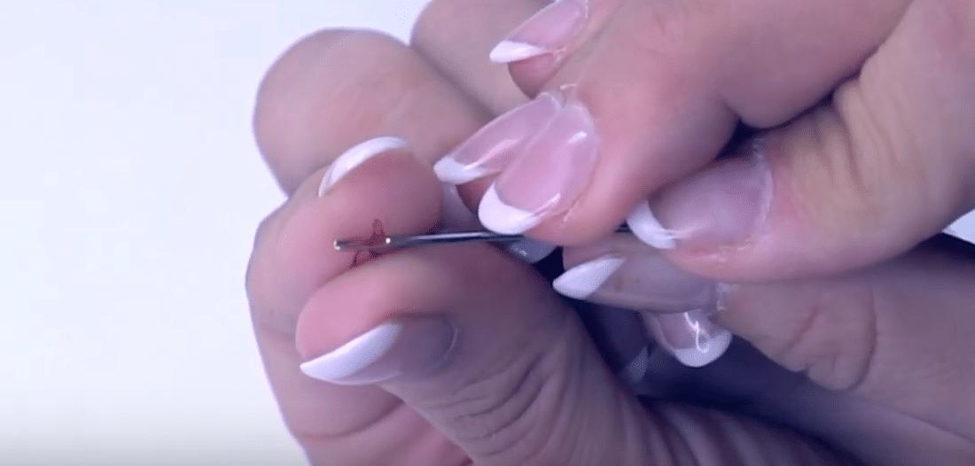 Nadel einfädeln | einfach nähen lernen - Tipps und Tricks rund ums Nähen für Anfänger und Fortgeschrittene
